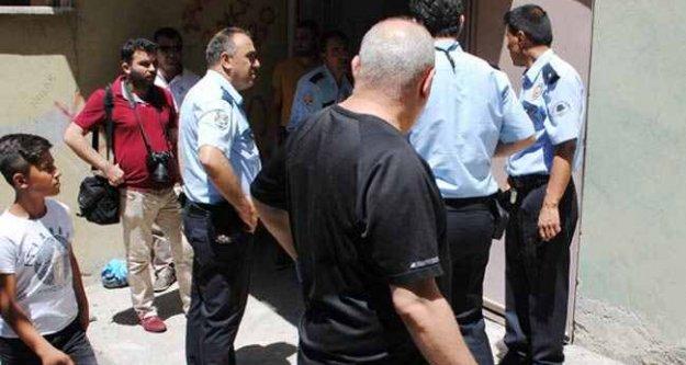 Amasya'da apartman girişinde esrarengiz infaz