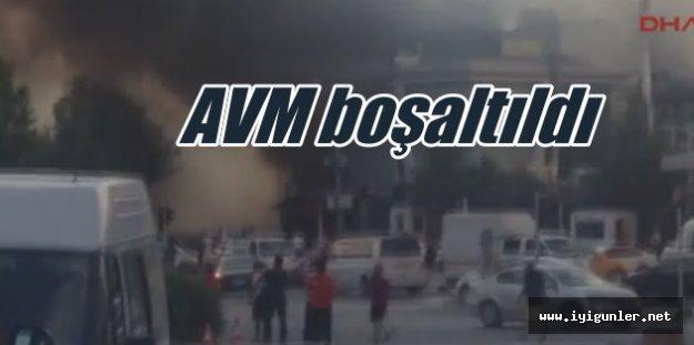 Ataşehir'de yangın: Eğlence mekanları boşaltıldı