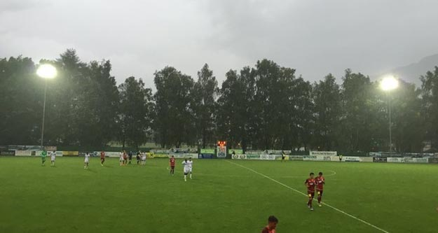 Beşiktaş - Hoffenheim maçı neden yarıda kaldı?