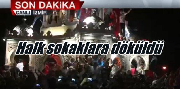 Flaş Flaş Flaş, Askeri Darbe'de son durum: Halk sokaklara döküldü, cuntacılar geri adım atıyor