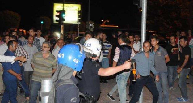 Konya'da Suriyeli gerginliği: Suriyeli'lerin kaldığı otel önünde olaylar çıktı