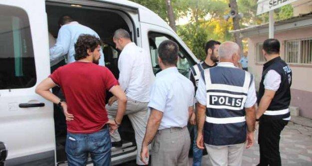 Manisa'da FETO operasyonu, gazaltı sayısı 21'e çıktı