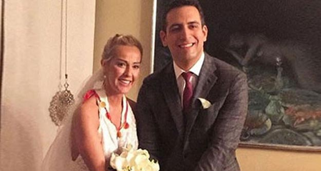 Helin Avşar'dan 'boşandık' paylaşımı
