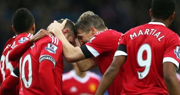 Manchester United Everton maçı Facebook'tan canlı yayınlanacak, nasıl seyredilir?