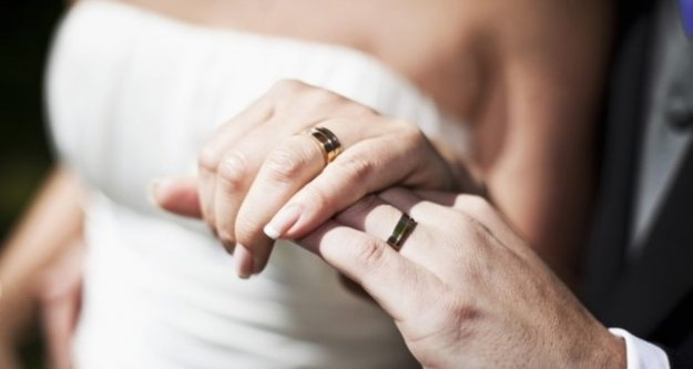 Evli olduğu kadın öz torunu çıktı..