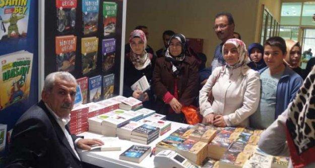 Mehmet Ali Bulut Kayseri'de okurlarıyla buluştu
