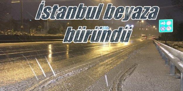 İstanbul'da kar yağışı sabaha kadar sürdü