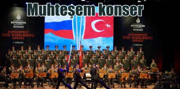 Kızılordu Korosu ilk konserini İstanbul'da verdi