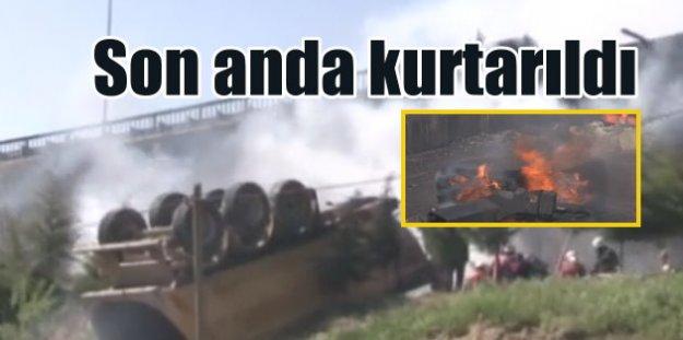 Köprüden düşen kamyon alev alev yandı