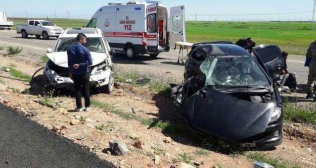 Silopi'de polis araçları çarpıştı, 1 ölü 4 yaralı var