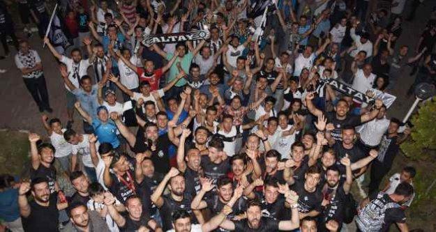 Altay'a İzmir'de coşkulu karşılama