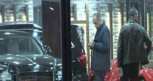 Beşiktaş'ta otogaleriye silahlı saldırı