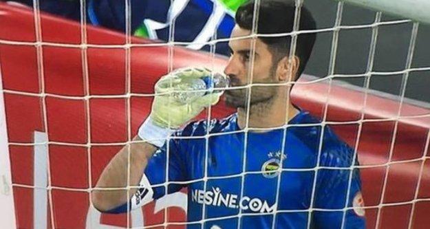 Penaltılarda sürekli su içmesinin sebebi belli oldu