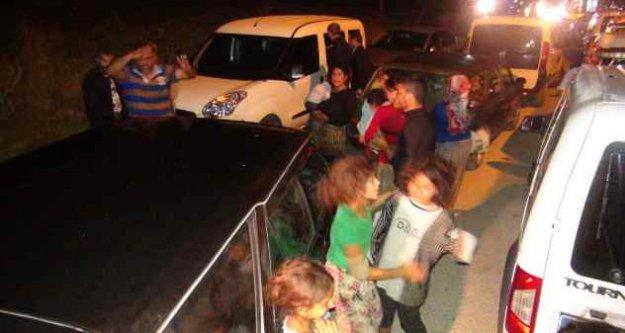Bursa'da gece yarısı kavga; Yüzlerce kişi birbirine girdi