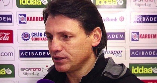 Tamer Tuna Göztepe teknik direktörü oldu.