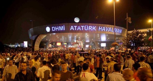 Cumhurbaşkanı Erdoğan'dan darbe girişimi gecesi 'seferlere başlama' talimatı