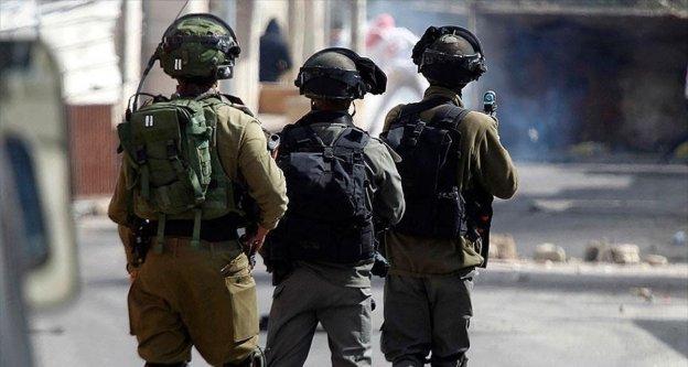 İsrail iki Filistinliyi öldürdü