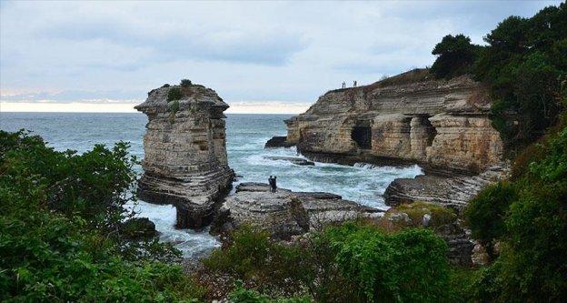 Kandıra'nın cazibe merkezi 'Kartal Kayaları'