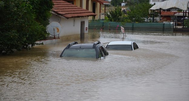 Metrekareye en çok yağış 118 kilogram ile Silivri'nin Çanta Mahallesi'ne düştü