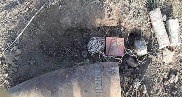 Muş'ta PKK'lı teröristlerce tuzaklanan patlayıcılar imha edildi