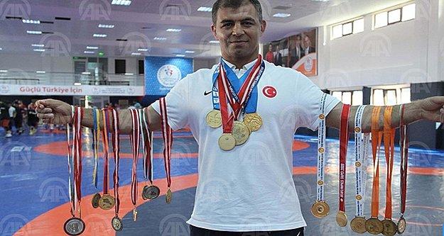 Sırtı minder görmeyen şampiyonun hedefi altın madalya