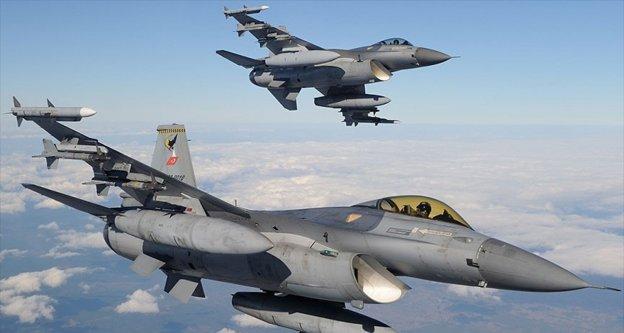 TSK'dan Mardin ve Hakkari kırsalına hava harekatı: 11 terörist etkisiz hale getirildi