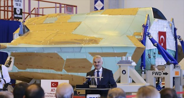 TUSAŞ ilk Türk JSF/F-35 uçağının orta gövdesini teslim etti