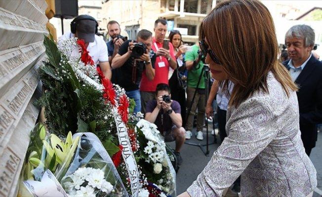 Bosna Hersek'teki 'Markale katliamı' kurbanları unutulmadı
