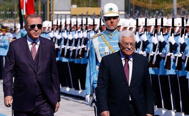 Cumhurbaşkanı Erdoğan Abbas'ı resmi törenle karşıladı