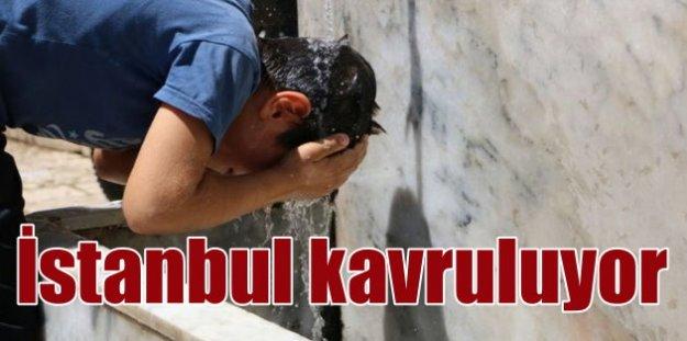 İstanbul'a nem ve sıcak hava çöktü