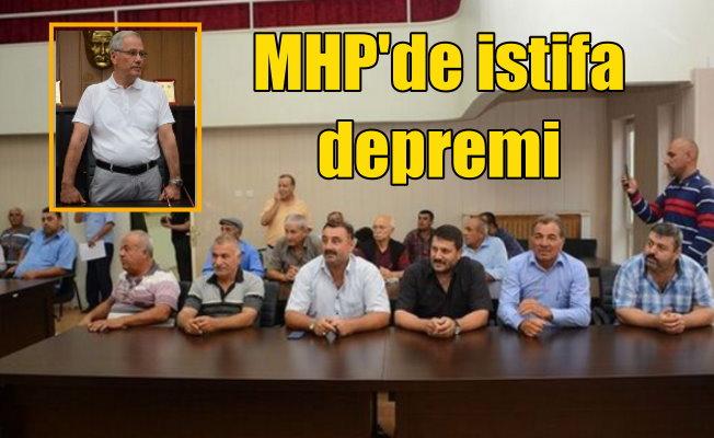 MHP'li Dinar belediye başkanı 56 kişi ile partiden istifa etti