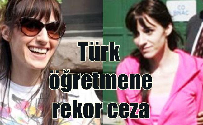 Öğrencisiyle ilişki kuran Türk kadın öğretmene milyonluk ceza