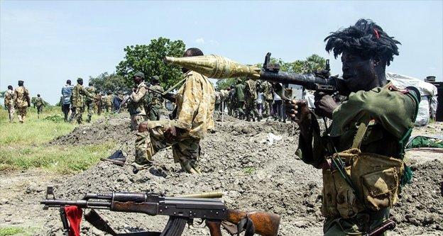 Sudan, silah girişi ve çıkışlarını engellemek için sınırı kapattı