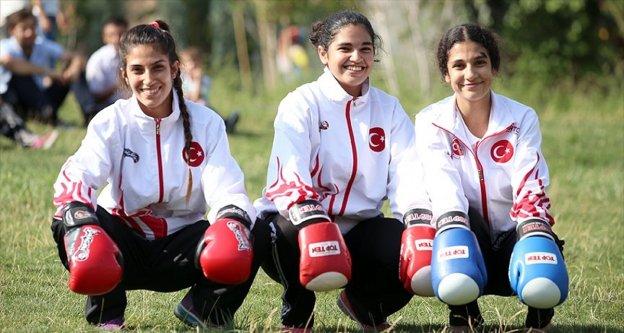 Sur'un 'altın' kızları