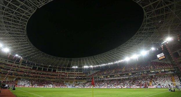 Türk futbolu modern statlarıyla Süper Lig'e hazır