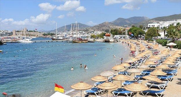 Türkiye'nin en uzun kıyı şeridi milyonları ağırlıyor