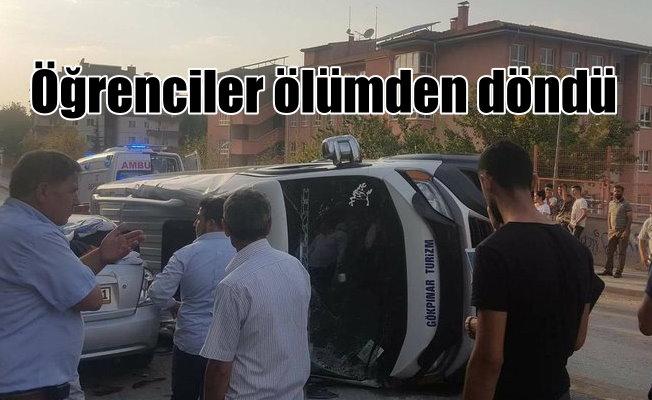 Ankara'da öğrenci servisi faciadan döndü, 10 yaralı var