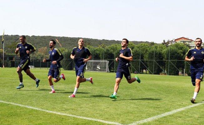 Fenerbahçe,Alanyaspor maçı hazırlıklarına başladı