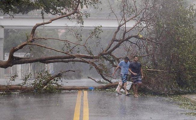 Irma kasırgasının şiddetli tropik fırtınaya dönüşmesi bekleniyor