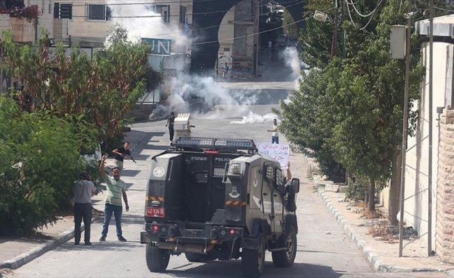 İsrail askerleri 3 Filistinliyi yaraladı