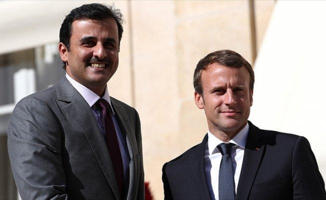 Macron'dan, Katar'a ambargonun kaldırılması talebi