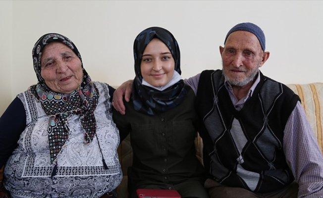 Mustafa dede 85 yaşında torununa böbreğini verdi