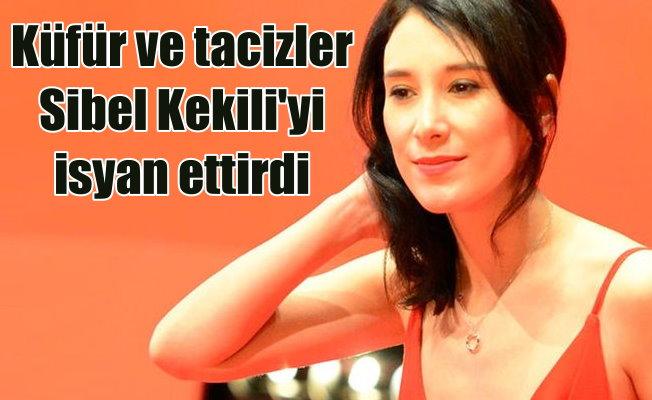Sibel Kekili, sosyal medya hesabında Türkiye'ye engel koydu