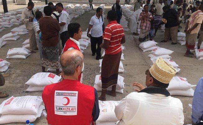 Türk Kızılayı, Yemen'de 62 ton un dağıtımı yaptı