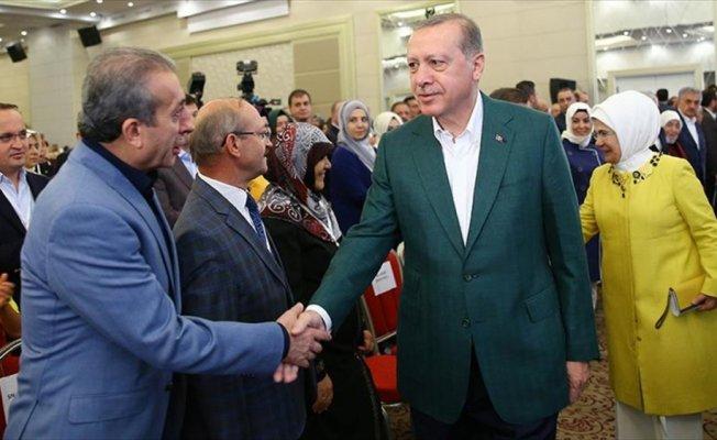 AK Parti 26. İstişare ve Değerlendirme Toplantısı sunumlarla devam ediyor