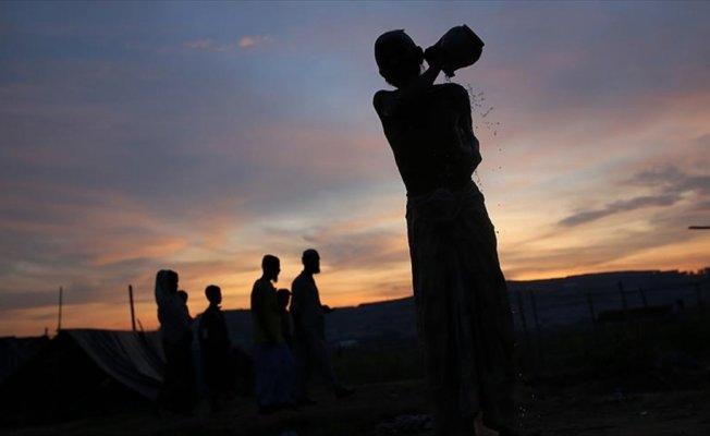 Akdağ'dan Arakanlı Müslümanlara destek çağrısı