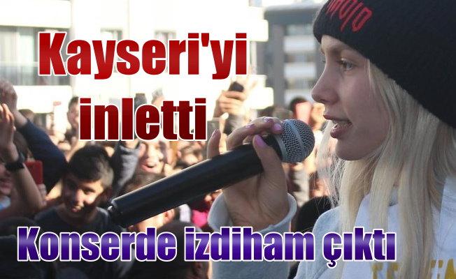 Aleyna Tilki, Kayseri konserinde izdiham