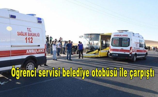 Batman'da öğrenci servisi belediye otobüsü ile çarpıştı: 15 yaralı