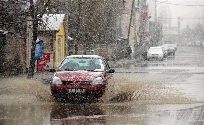 Doğu Anadolu'da sağanak ve kar yağışı bekleniyor