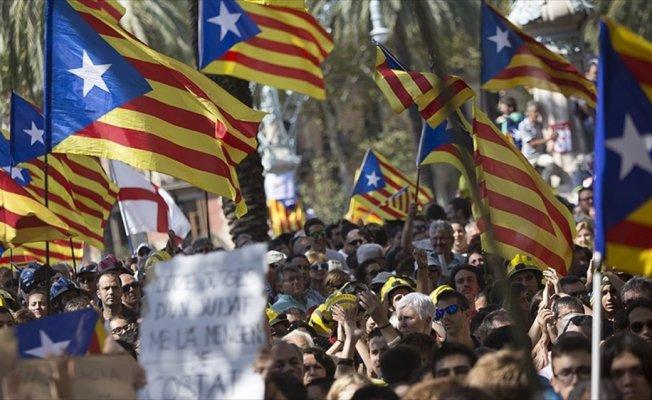 Fransa Katalonya'nın bağımsızlığını tanımayacak
